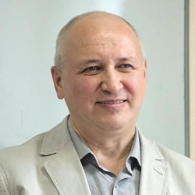 Портрет Юрий Барняк